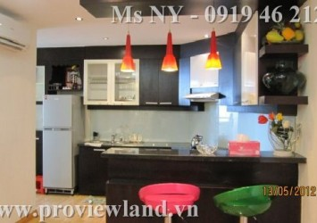 Nice apartment for rent in Hung Vuong Plaza, District 5