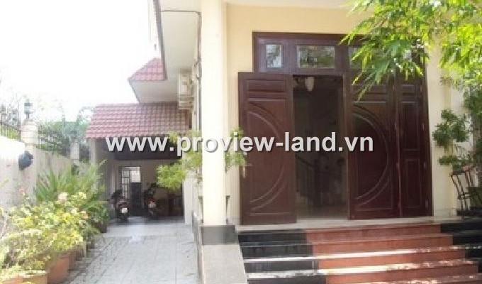 Nice town house in Ngo Quang Huy St District 2