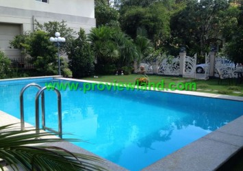 Villas for rent in District 7, Phu Gia villa pool