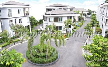 Ha Do Villa for rent in District 10 center HCMC - Villa on Su Van Hanh Street