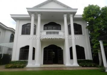 Villas for rent in Thao Dien compound 650m2 garden