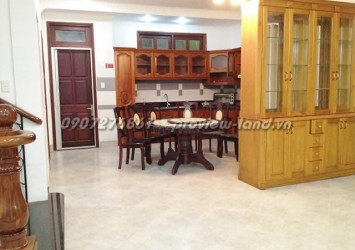 Lan Anh villa for rent in District 2 with 4 beds competitive price