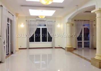 Kim Son Villa for rent in Thao Dien 700sqm beautiful house and big garden