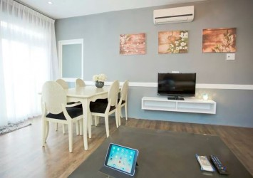Serviced apartment in District 3 - on Rach Bung Binh Street near Ba Huyen Thanh Quan Street