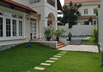 Villa Thao Dien for rent in Kim Son area 750sqm pool and airy garden