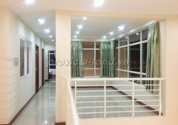 Penthouse apartment for rent in Hoang Anh Riverview 5 bedroom
