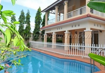 Villa compound Bao Tien for rent 5 bedroom pool and river view