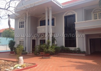 Villa Thao Dien for rent on Xuan Thuy St., 1000sqm with nice pool