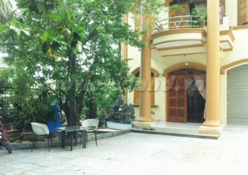 An Phu villa for rent in District 2, 11x15m area with 4 bedrooms