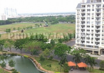 Canh Vien Penthouse Apartment for rent  in Phu My Hung 2 storey 3 bedroom good price