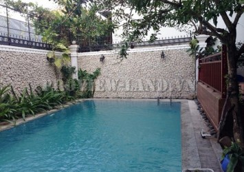Thao Dien Villa for rent on Nguyen Van Huong 500sqm nice pool