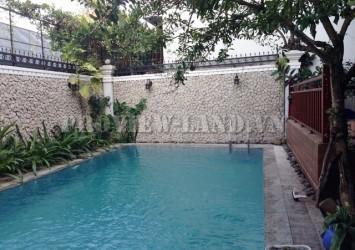 Thao Dien Villa for rent on Nguyen Van Huong 500sqm nice pool