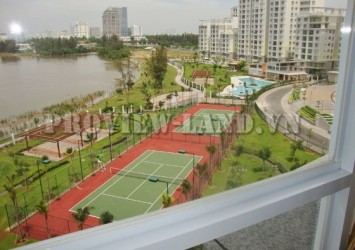 3 beds apartment for rent in Riverside district 7 nice view