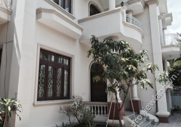 Thao Dien villa for sale in District 2 area 400m2