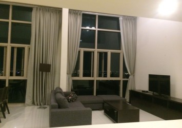 Dulpex apartment in The Vista for rent 310sqm river view