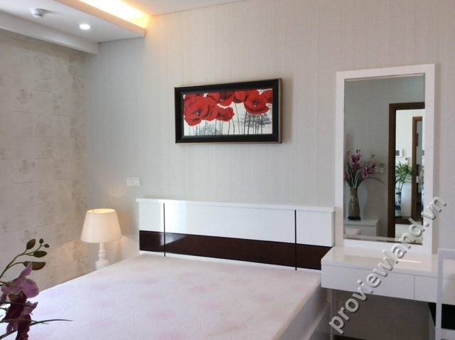 Cho-thuê-căn-hộ-Thảo-Điền-Pearl-2-phòng-ngủ-100m2-3