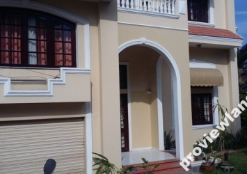 Villa for rent in District 2 with 4 bedrooms secured and quiet place