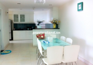 Apartment for rent in Hung Vuong Plaza 132m2 top floor.