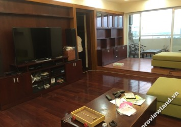 Apartment for rent in District 5, Hung Vuong Plaza high floor 2 bedrooms full furnished