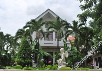 Villa for rent in District 2 Green Villa Compound 350 sqm 4 bedrooms fully furnished