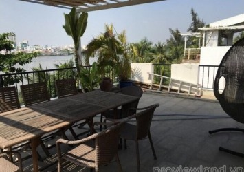 Villa for sale in District 2 riverside 8x12m 2 floors 4 beds