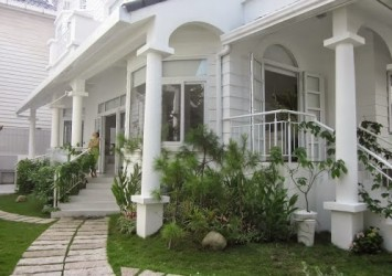Villa for sale in Saigon Pearl 4 bedrooms in Binh Thanh District fully furnished