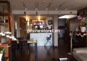 Apartment for rent in Hung Vuong Plaza 3 beds has balcony view of pool on high floor