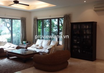 Villa Riviera for rent in District 2 5 bedrooms have garage and garden