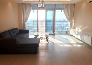 Sailing Tower apartment for rent on high floor 2 bedrooms 117 sqm balcony with lanscape view