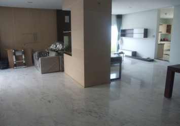 Hung Vuong Plaza penthouse apartment for sale 500 sqm 4 bedrooms nice view unique design