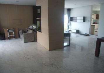 Hung Vuong Plaza penthouse apartment for sale 500 sqm 4 bedrooms nice view unique design