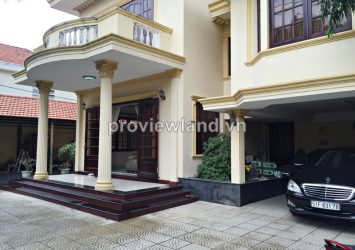 Villa for rent in Thao Dien has 600 sqm with 4 bedrooms, beautiful pool and garden