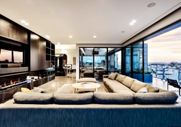 Penthouse Park 1 tower for sale at Vinhomes Central Park on 37th floor