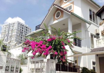 Villa for rent in District 2 Nguyen Van Huong st 4 beds pool and garden