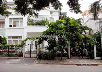 My Thai 1 villa for sale with area of 10x24m 1 ground 2 floors 5 bedrooms