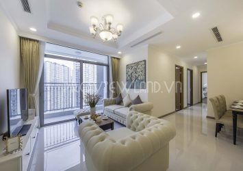 Vinhomes Central Park apartment for rent at the Landmark Plus court with 3 bedrooms