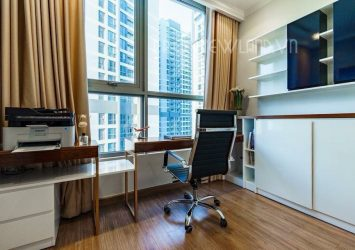 Apartment for rent at Vinhomes Central Park is 77sqm with 2 nice view rooms