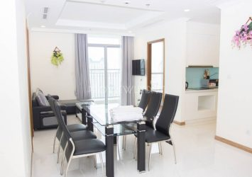 Serviced apartment Vinhomes Central Park with 3 bedroom for rent at Landmark 2
