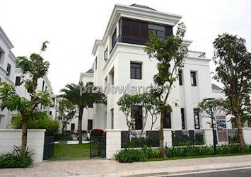 Vinhomes Central Park Villa for sale with 500sqm 1 basement 1 ground 2 floors river view