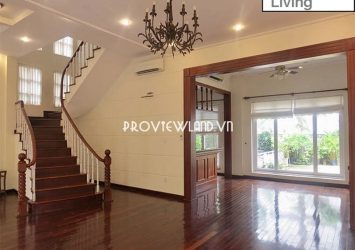 Phu Nhuan 1 villa for rent at Nguyen Van Huong with garden swimming pool