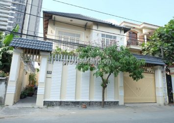 Thao Dien villa for rent near ISHCM school Area 222m2 4Brs
