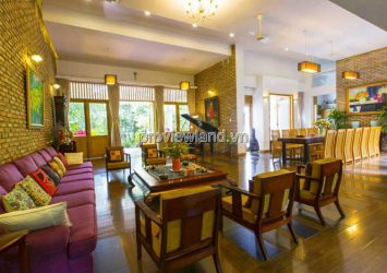 Villa Nguyen Xien Street in District 9 need to rent 700m2 6BRs full furnished