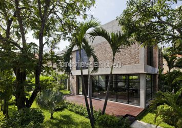 The compound villa in Thao Dien for rent with 780m2 of garden pool