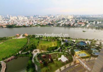 Apartment for rent in Vinhomes Central Park 4 bedrooms high floor Park4 tower view river