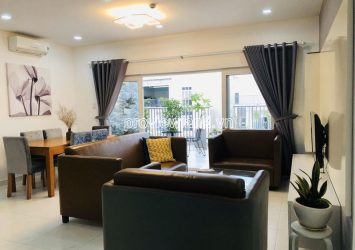 Penthouse apartment for rent 3 bedrooms in Cong An apartment with garden high-floor