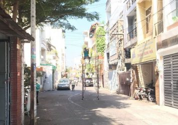 District 3 townhouse for rent Dien Bien Phu street with 2 floor area 4x28m