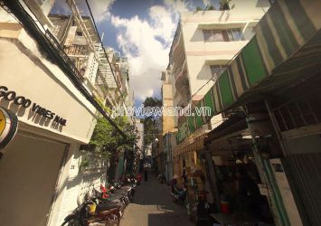 Townhouses on Ton That Tung street in D1 for sell with area 8x18m convenient for business