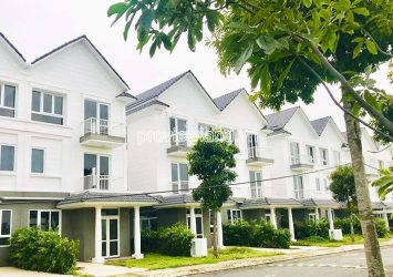 Selling ​​townhouse in River Park D9 including 3 floors with land area of 5x15m