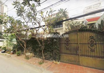 Thao Dien villa for rent in District 2 land area 300m2 architecture 2 floors with garden