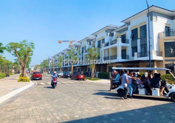 Selling Verosa Khang Street House District 9 6x17m 4 floors give 1 billion vnd interior package